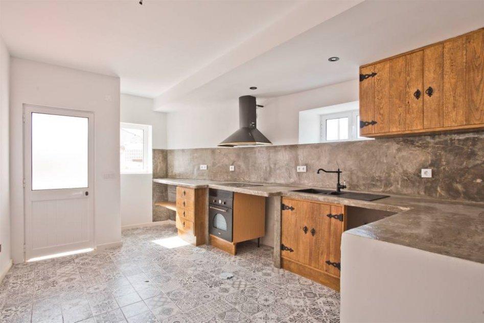Propose for sale wonderfull house in Sintra Portugal nearest beach Cabo da Roca.