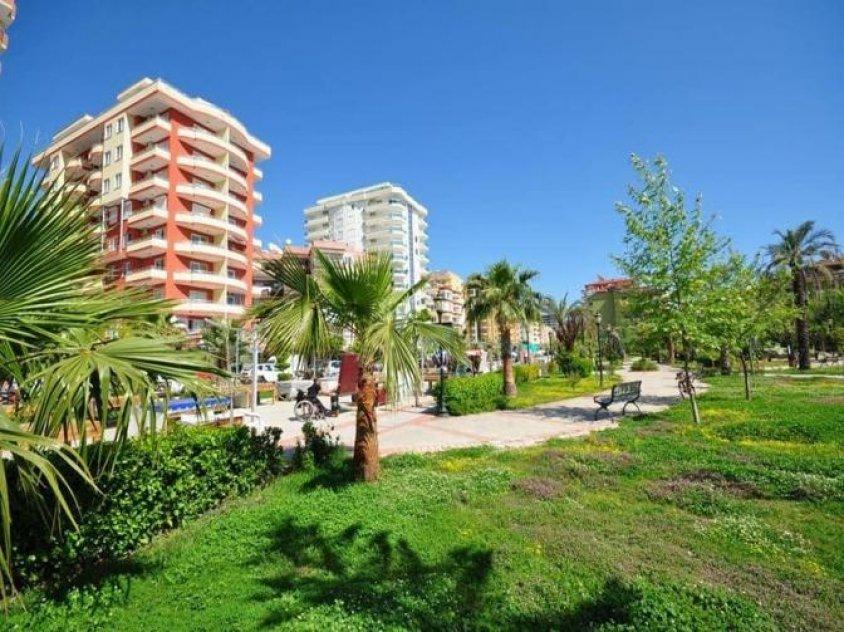 Apartment on beach sea in Alanya