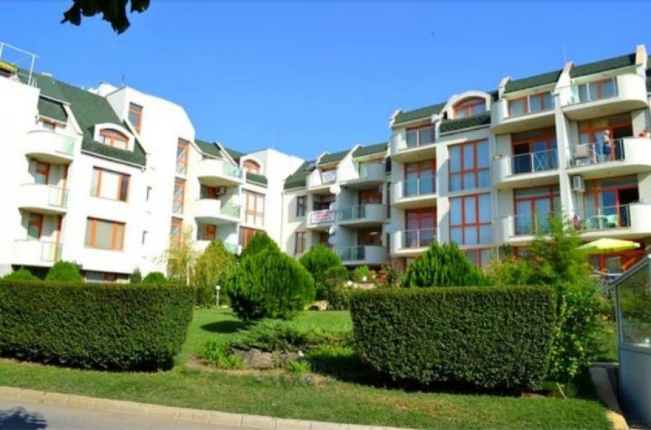 Propose for sale wonderful apartment on 4 floor of complex Svety Vlas in Bulgaria