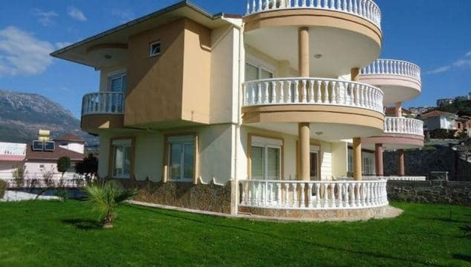Propose for sale wonderfull villa of complex Alanya/Kargicak in Turkey with view on sea.