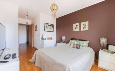 Propose for sale wonderfull apartment on 5 floor in Lisbon Portufal.